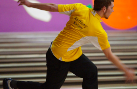 Boys' bowlers prepare to defend state title
