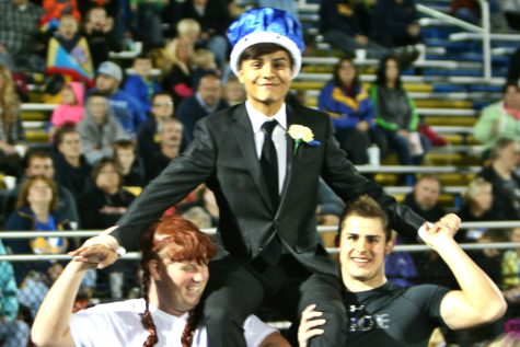 Kagerer crowned powder puff king, court represents seniors well