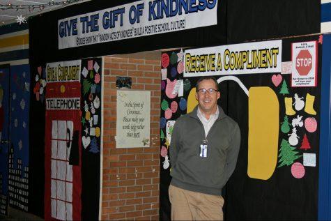 Nester's Christmas door inspires students