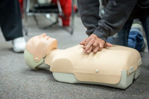 Students have to learn CPR, says state Legislature