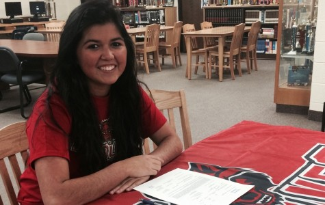Kayla Emmendorfer signs with the Red Wolves of Arkansas State