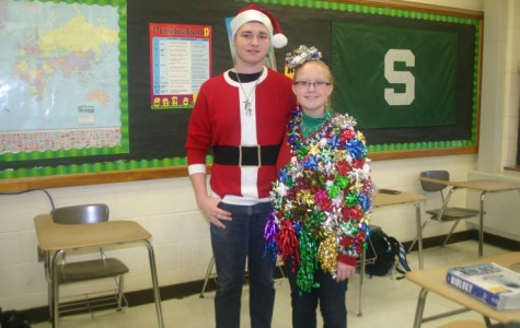 Sophomores show off their Christmas sweaters