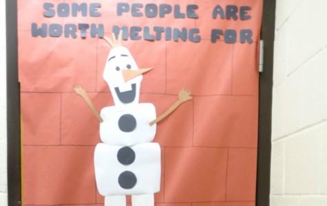 Mrs. Dirkse dedicates her door to her favorite 'Frozen' character