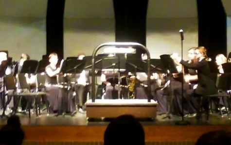 Winter band concert plays strong, joyous