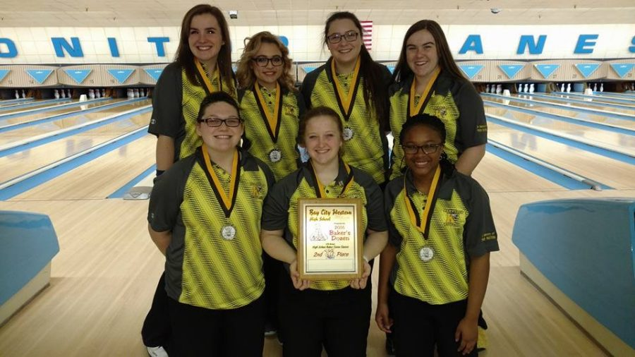 The+girls+bowling+team+took+second+place+in+Bay+City+on+Saturday%2C+Dec.+17%2C+at+a+Baker+tournament.