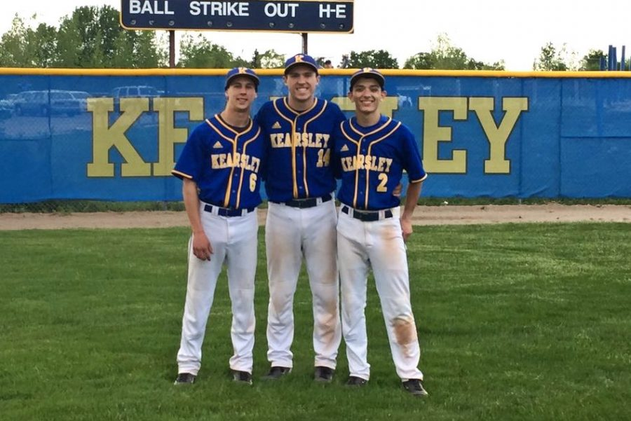 Seniors+Ryan+McCoy+%28l+to+r%29%2C+Mitchell+Conely%2C+and+Matt+Carpenter+were+honored+during+senior+night+Monday%2C+May+22.+The+Hornets+split+their+doubleheader+with+Clio.