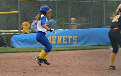 Softball loses doubleheader in K-O Clash
