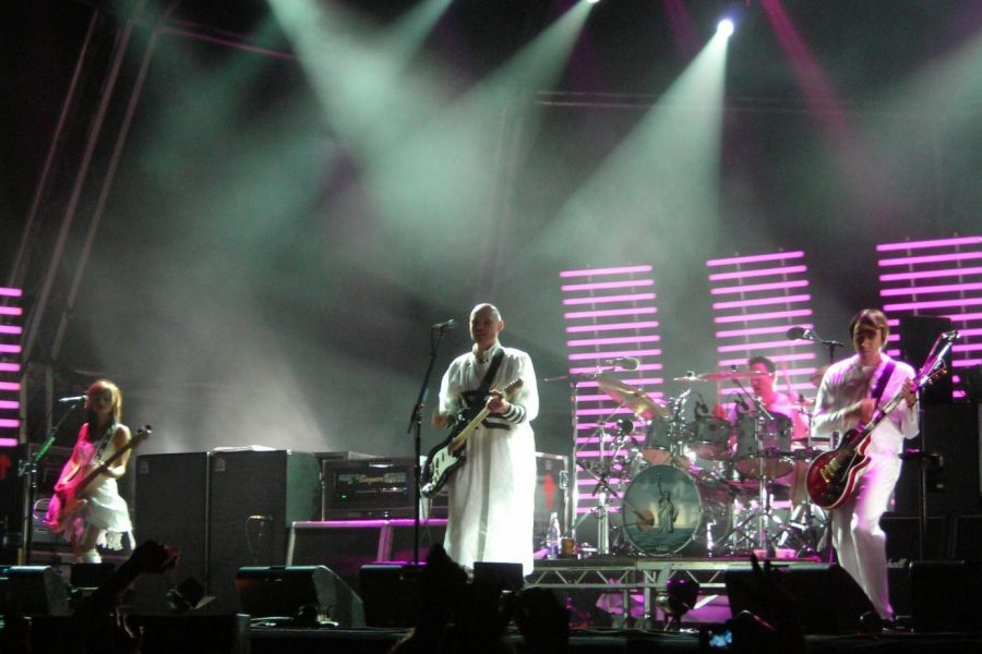 The Smashing Pumpkins perform in Barcelona in 2007.