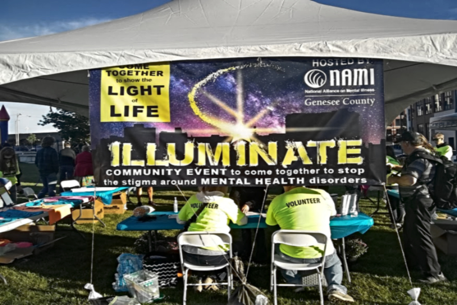 Student+Council+members+attended+an+event+called+Illuminate+Sept.+22+in+Flint.+The+activity+raised+awareness+for+mental+illness.