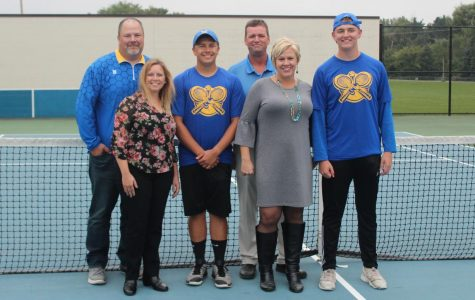 Tennis falls to Flushing, Clio