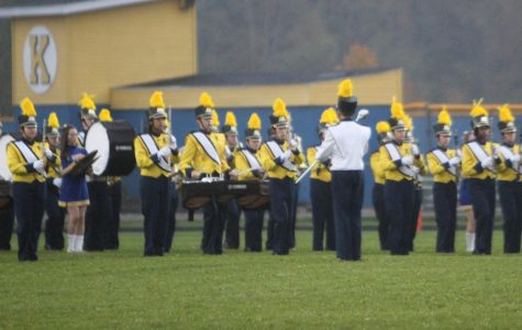 Band entertains homecoming crowd