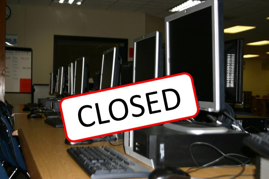 The+media+center+being+closed+before+and+after+school+makes+tasks+difficult+for+students+and+teachers.