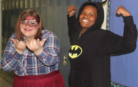 Seniors show their superpowers for spirit week