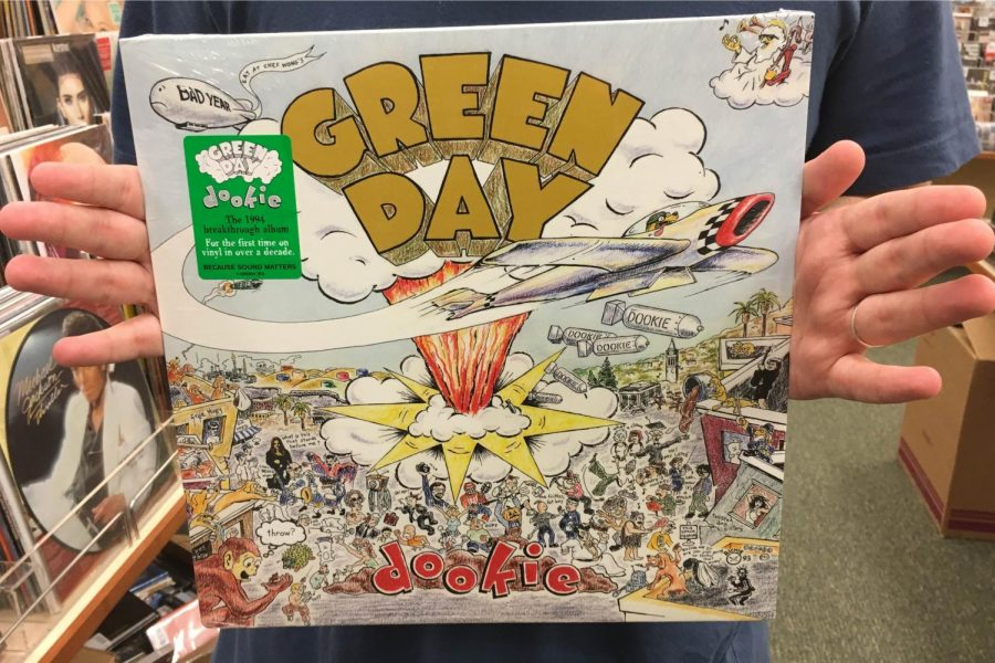 Pop-punk+innovators+Green+Day+released+%22Dookie%22+on+Feb.+2%2C+1994%2C+an+album+loved+by+both+music+critics+and+enthusiasts+alike.