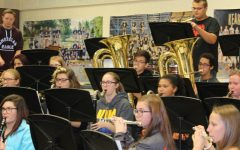 Symphonic band focuses on upcoming concerts