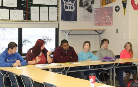 Economic students begin service projects