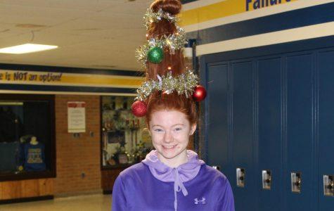 Hardy turns hair into Christmas tree