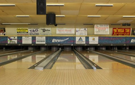 Boys bowling rolls over Holly