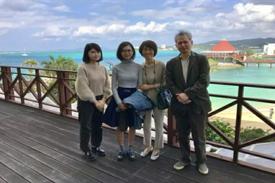 Senior Natsuho Kaneshiro  (second from left) stands with her family in Japan.