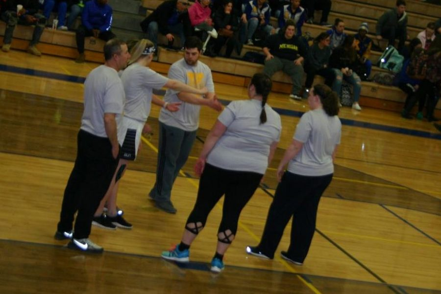 Snowcoming volleyball entertains students