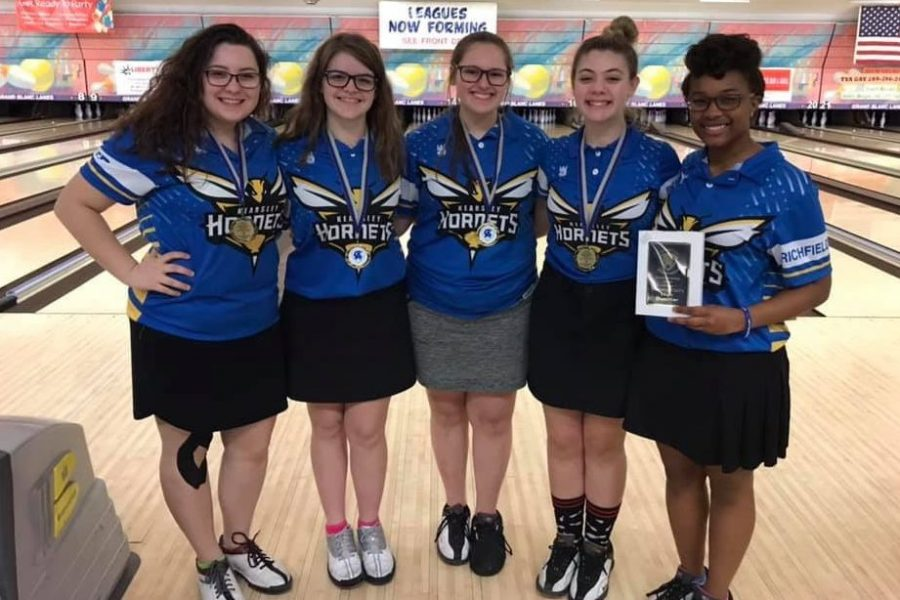 The girls team had five girls qualify for the All-Tournament team at the Carman-Ainsworth Singles Tournament on Sunday, Feb. 3.