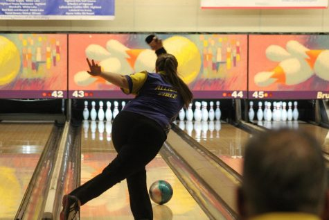 Girls bowling knocks down another state championship – The
