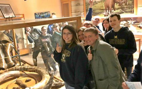 Seniors tour Mott, learn about campus