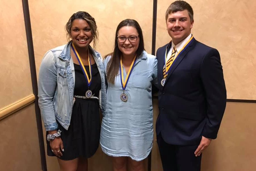 Seniors recognized at scholar-athlete luncheon – The Eclipse