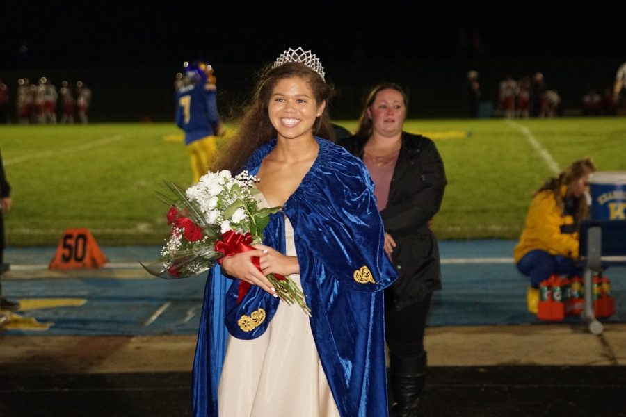 Senior Stacia Tipton wears her homecoming queen crown at halftime of the homecoming football game Friday, Oct. 11.