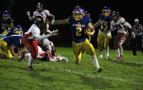 Football runs over Linden, qualifies for playoffs