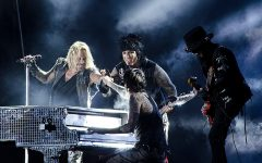 Mötley Crüe announces reunion
