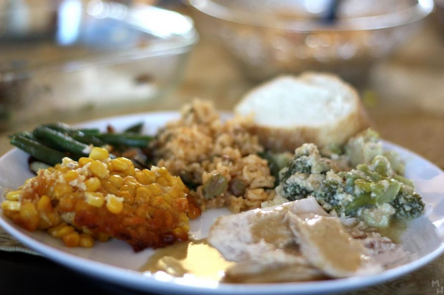 Students devour a variety of foods on Thanksgiving.