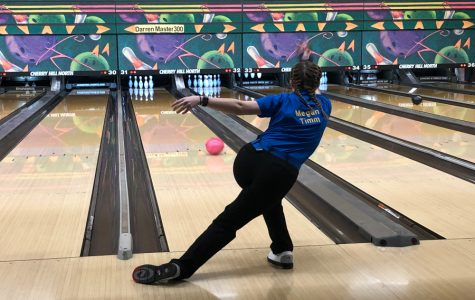 Girls bowling stings Trojans in season opener