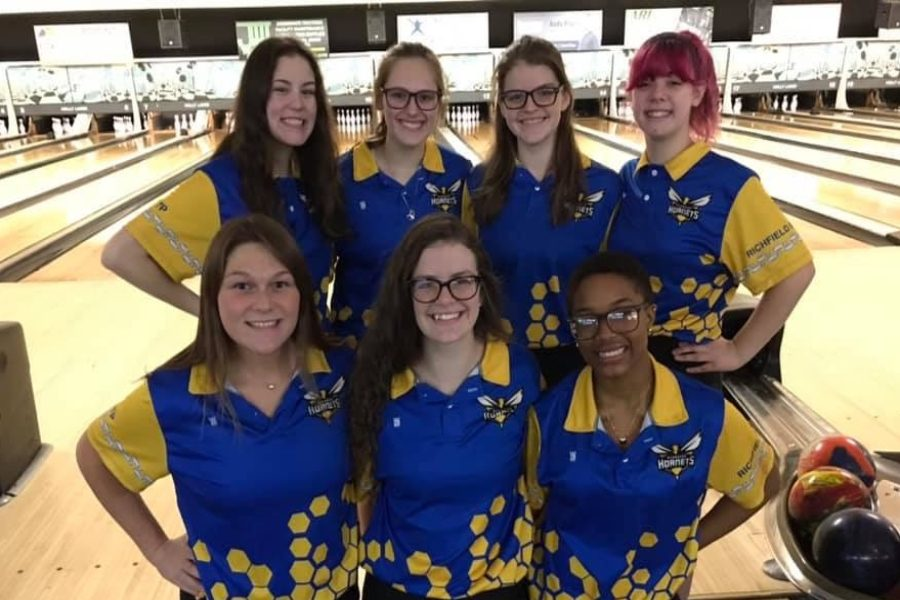 The+Hornets+defeated+Flushing+and+Swartz+Creek+27-3+Saturday%2C+Feb.+1.+at+Holly+Lanes.+The+Hornets+placed+in+the+top+four+in+the+Carman-Ainsworth+Singles+Tournament%2C+Sunday+Feb.+2.