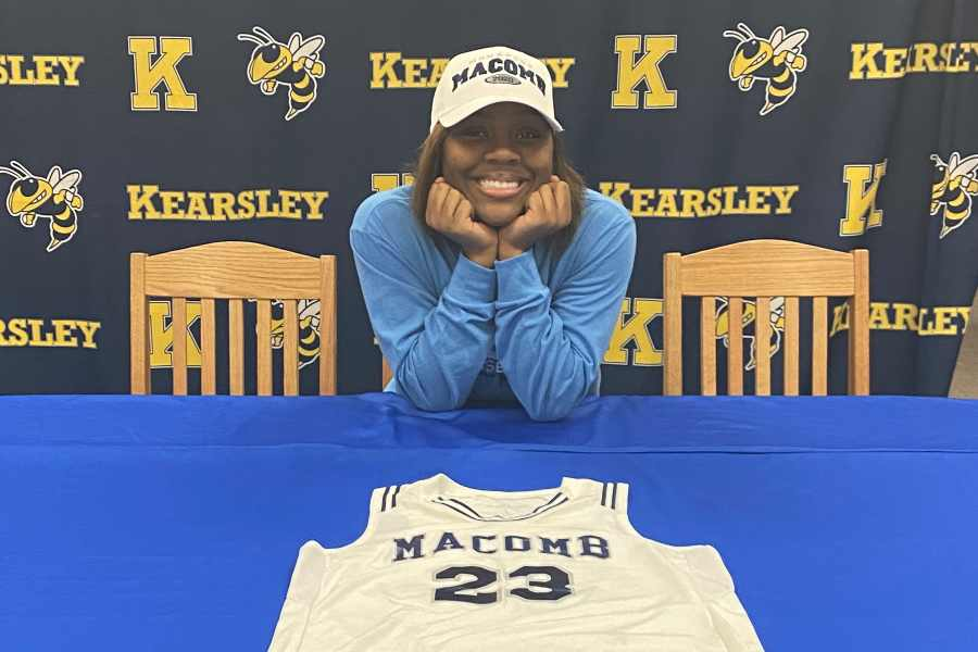 Senior JaKeira Wash signed her National Letter of Intent with Macomb Community College Monday, Feb. 24.