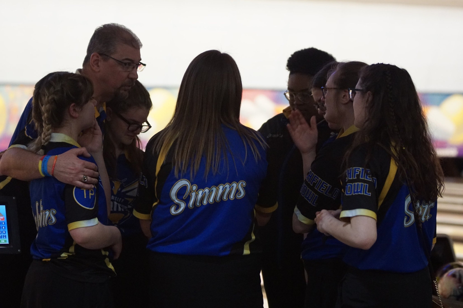 Girls+Bowling+placed+third+in+the+MSHAA+Division+2+team+state+finals+Friday%2C+March+6.
