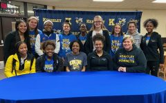 Shannon signs with Schoolcraft