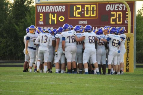The football team leads Bay City Western 20-13 in an away game Saturday, August 31. The Hornets will look to improve upon last year