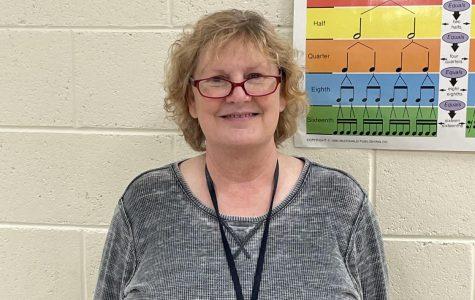 Beloved Choir Teacher retires after 33 years of Teaching
