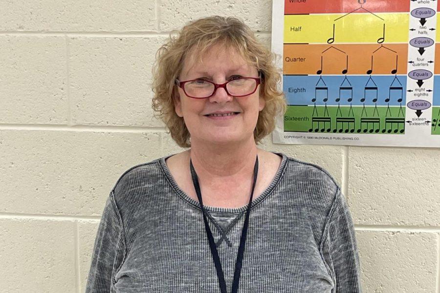 Mrs.+Renee+Kotzian+retires+after+teaching+for+33+years+at+Kearsley+High+School.